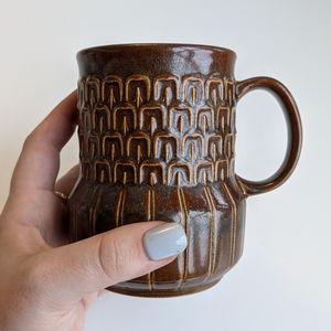 Wedgwood Pennine brown mug *damaged*